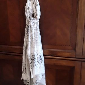 Hatattack 100% Cotton Scarf NWOT